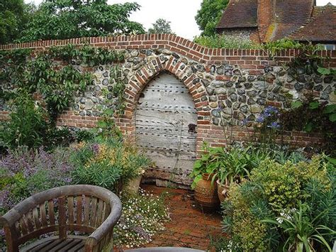 types of bricks for garden walls 17 best ideas about brick garden on bricks