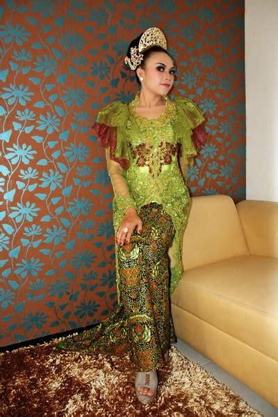 Dress Hijau 03 34 best kebaya indonesia store images on kebaya indonesia traditional dresses and