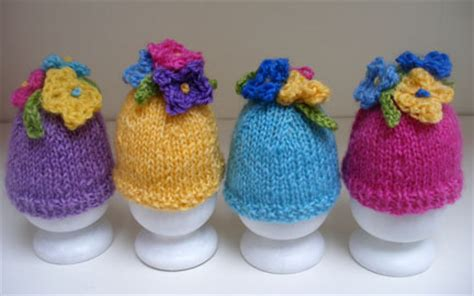 knitted egg cosy pattern free easter knitting patterns bonnets knitted egg