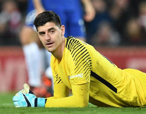 chelsea goalkeeper chelsea transfer news seven goalkeepers blues could sign
