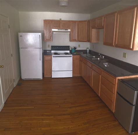 Palmers Kitchens by 20 Palmer Apt B Kitchen Bobcat Rentals Athens Ohio