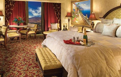 peppermill resort spa casino hotel accommodations in reno