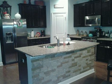 Peel And Stick Vinyl Tile Backsplash 1000 Images About Stone Backsplash On Pinterest Islands