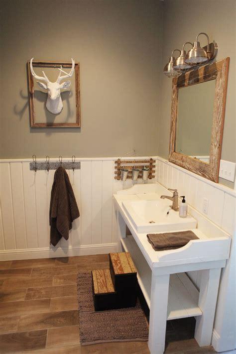 Farmhouse Bathroom Lighting Farmhouse Bathroom Vanity Bathroom Traditional With Bathroom Lighting Bathroom Tile