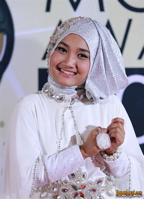 Jilbab Fatin fatin shidqia