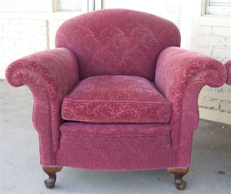 Overstuffed Armchair by 10 Best Overstuffed Chairs Images On