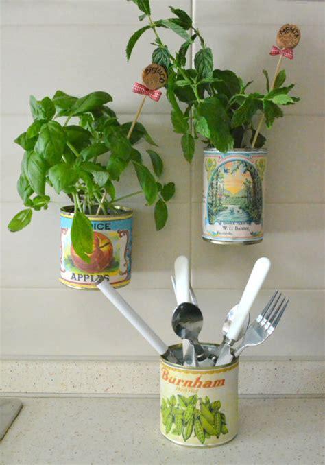 vasi per piante aromatiche la figurina riciclo creativo idee fai da te tutorial e