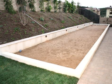 Backyard Bocce Court Dimensions by Triyae Backyard Bocce Court Dimensions
