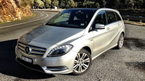 airbag deployment 2012 mercedes benz cl class user handbook mercedes benz a class b class recalled for fuse box fault airbags may not deploy correctly