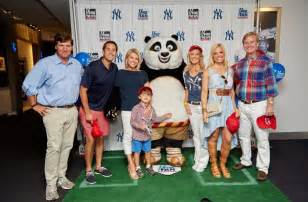 events mediabistro jobs classes community and news bali property 11th annual fox fan weekend returns to yankee stadium