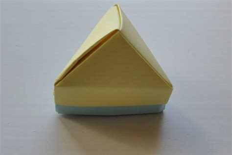 Origami Pyramid Box - origami pyramid triangle box origami tutorials