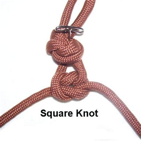 Half Square Knot - easy macrame bracelet
