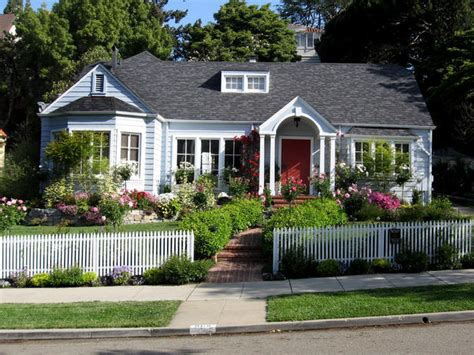 Cottage Style Landscaping landscaping tips that can help sell your home