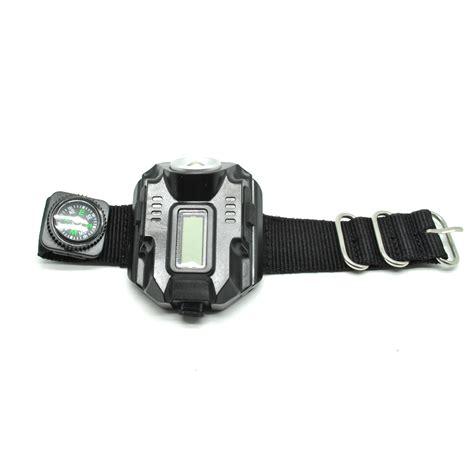 Senter Led Jam Tangan Cree Xpe Q5 R2 Berkualitas senter led jam tangan cree xpe q5 r2 black