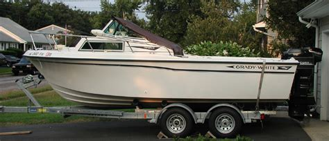 Top Curtains 88 Grady White Overnighter Boat For Sale