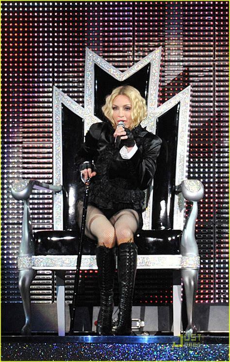 Madona Big Size madonna brings out the big guns photo 1416541 madonna