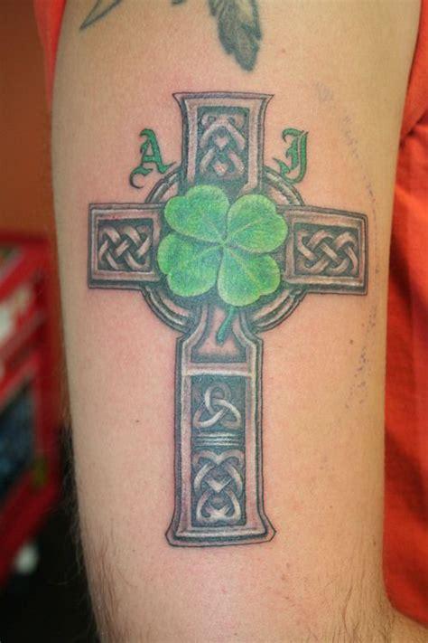 celtic iron cross tattoo best 25 celtic cross tattoos ideas on celtic