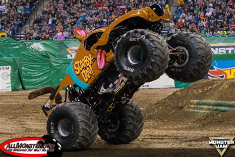 monster truck jam indianapolis monster jam photos indianapolis 2017 fs1 chionship