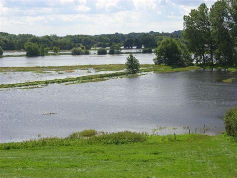 river thames flood plain map the thames floodplain shiplake 169 andrew smith geograph