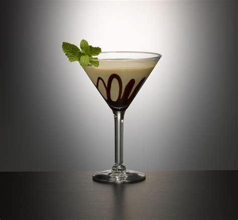 godiva chocolate martini baileys mint bailey s chocolate martini visit garnishbar for