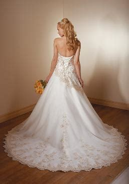 Wedding Dress Rental Vancouver by Wedding Rentals Wedding Gowns Favors In Vancouver