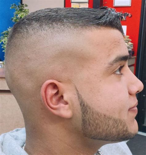 pics of clippers that fade hair styles clipper fade and beard barbershops pinterest signs
