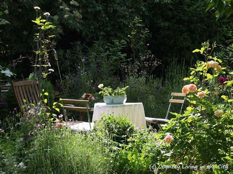 summer time in the garden sommer im garten 171 country