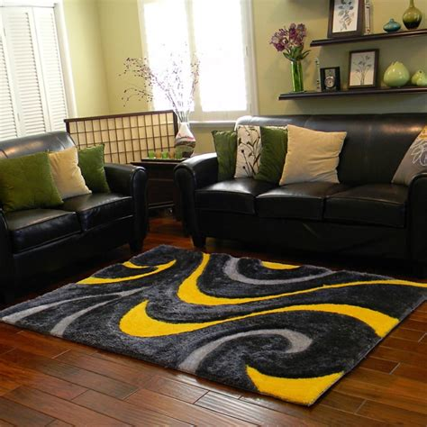 gelber teppich fuer eine frische und strahlende
