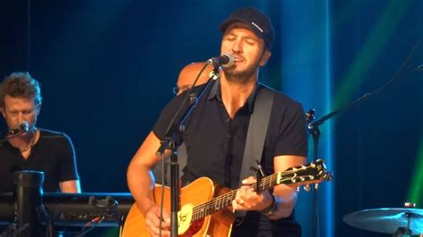 luke bryan fan club luke bryan quot fast quot new song cma fest fan club party