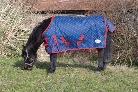 Rhinegold Spot Torrent Outdoor Rug 4 6 7 0 Equine Outdoor Rugs For Horses