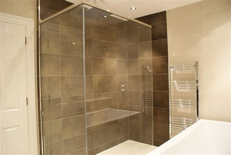bathroom fitters in cambridge cambridge tile and mosaic 100 feedback tiler bathroom fitter in cambridge