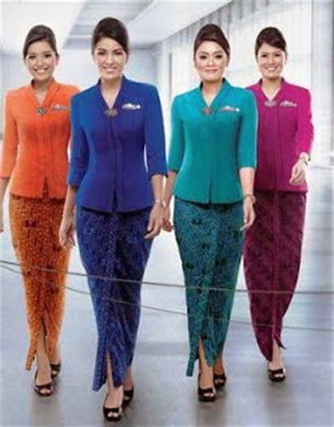 Atasan Cantik Pk 35 desain baju batik kantor wanita elegan modern terbaru