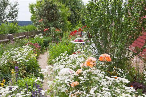 wildflower backyard 35 incredible garden design ideas of all styles garden