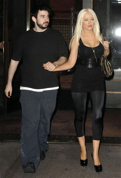 Aguilera Husband On Sundays by Singer Aguilera Reunites With Ex Husband