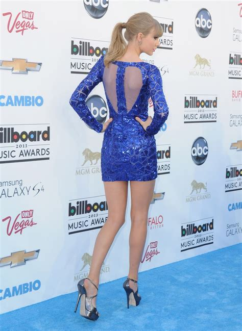 taylor swift sexiest outfit 8 awards for sexy taylor swift at bma billboard music