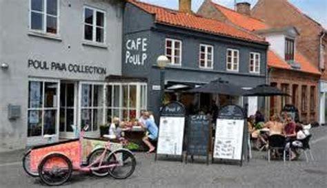 Allée En Pavé 4813 by The Restaurant Poul P Bild Fr 229 N Restaurant Poul Pava
