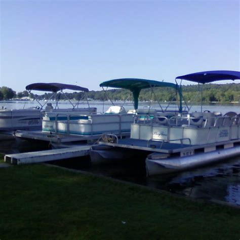 pontoon boat rental jamestown pa lloyds cottages at canadohta lake pa lloyd s cottages at
