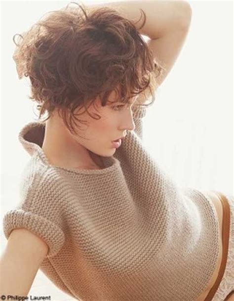 styles when growing out short curly hair 1558 best growing out the pixie images on pinterest