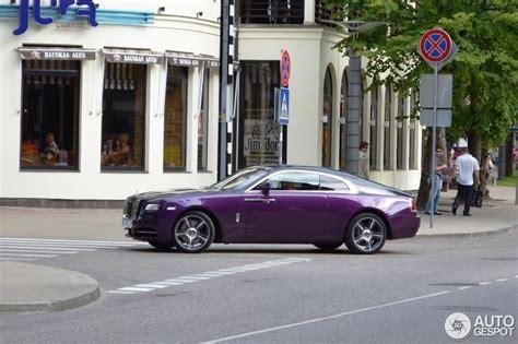 roll royce purple purple rolls royce wraith spotted in latvia