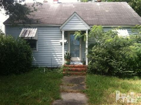 houses for sale in wilmington nc 714 s 16th st wilmington north carolina 28401 foreclosed home information