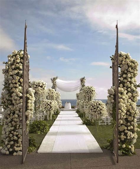 Best 25  Beach ceremony ideas on Pinterest   Beach wedding