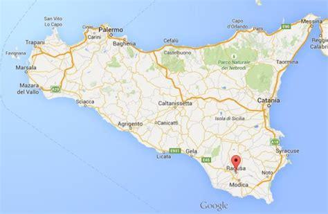 ragusa sicily map ragusa world easy guides