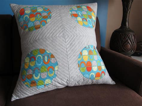 Quilt Pillow by 5 Circle Quilt Patterns To Try