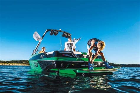 boat trader axis t22 axis t22 wakeboat trade boats australia