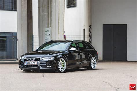 Audi A4 Avant CVT Silver Polsihed © Vossen Wheels Flickr
