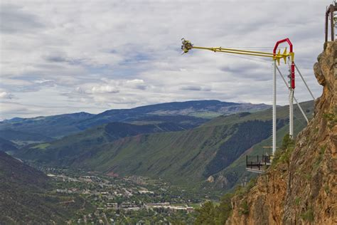 new swing new giant swing ride dangles thrill seekers over canyon edge