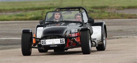 driving a caterham drive a caterham oxfordshire oxfordshire caterham