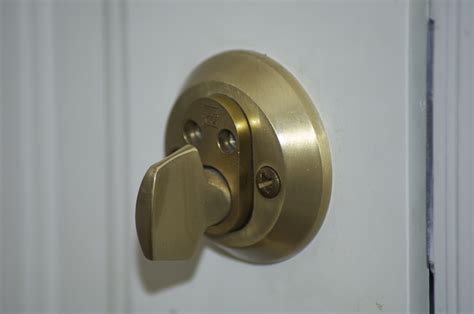 How Much Is A Door Knob With Lock by Locked Out From 163 33 M B Locksmiths Liverpool Tel 0151