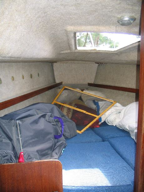 Cabin Designs 1986 hunter 23 ft with wing keel