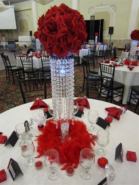 35 Amazing Red and White Centerpieces For Weddings